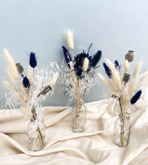 petits bouquets de fleurs séchées